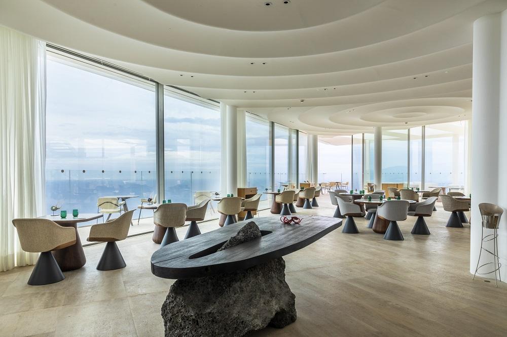 La sala di Ceto al Maybourne Riviera